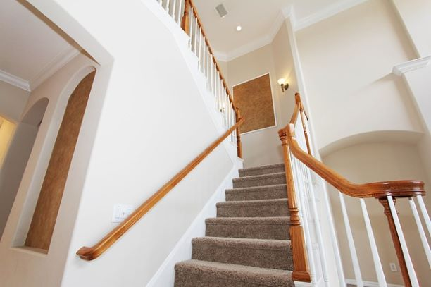 staircase-2364029_640